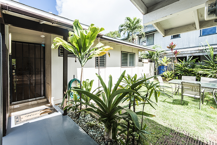 Wonderful Waimanalo Home!