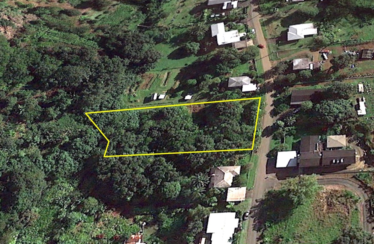 1 ACRE VACANT LOT IN KAHALUU!