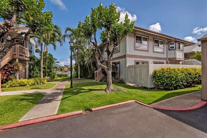 7007 Hawaii Kai Drive C-small-002-020-File 22-666x444-72dpi