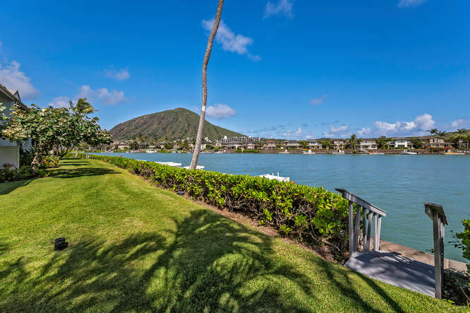 7007 Hawaii Kai Drive C-small-024-026-File 19-666x444-72dpi
